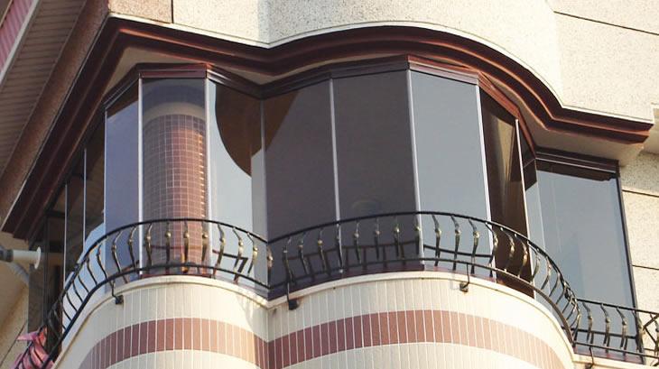 Dereceli Cam Balkon Sistemleri Cam Balkonaçılır Tavantente
